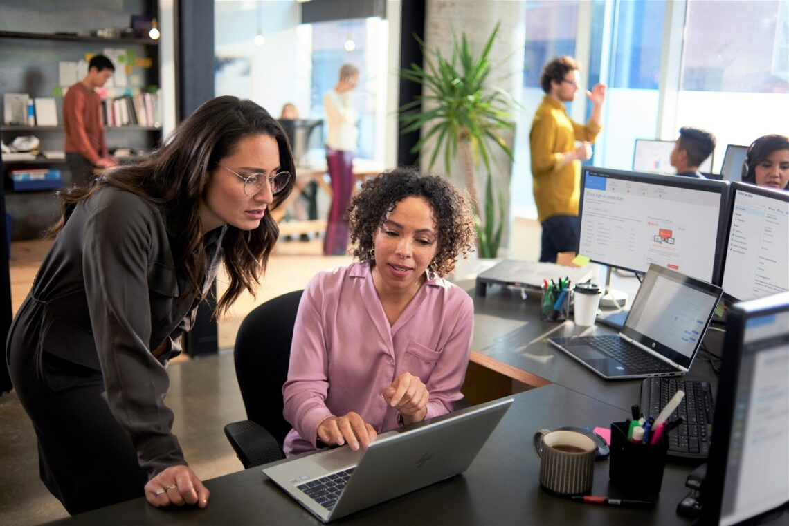 Искусственный интеллект повышает изобретательность и увеличивает продуктивность работников